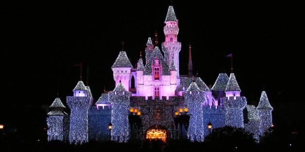 HK Disneyland's Sleeping Beauty Castle... Shot handheld.