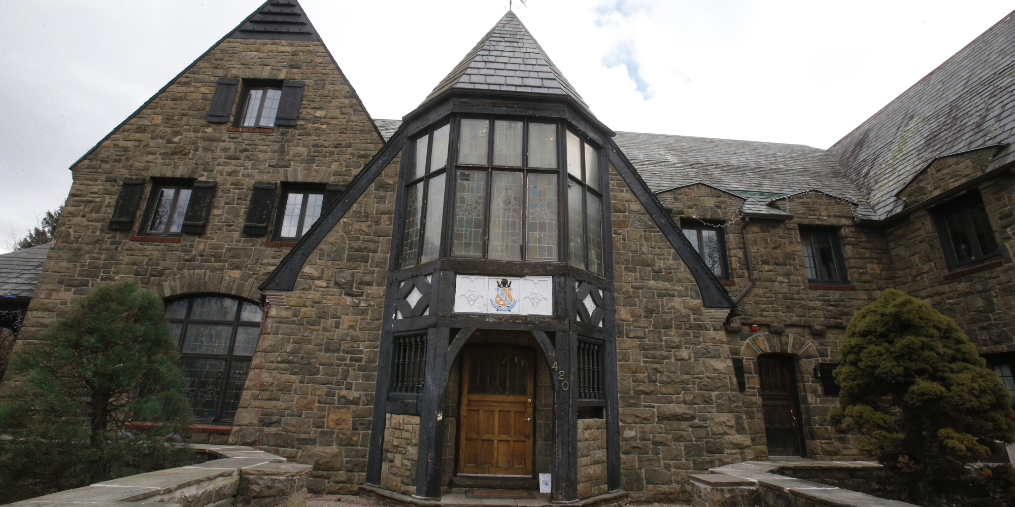 Kappa Delta Rho Fraternity Expels 38 Penn State Members As ...