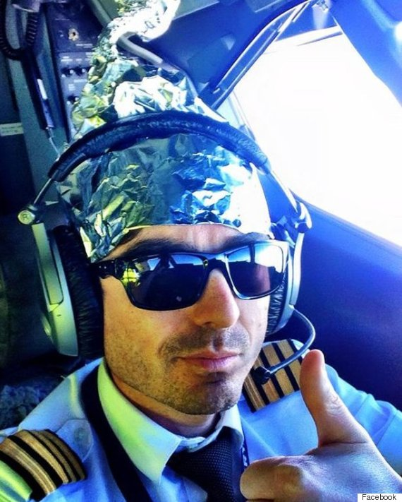 iain alexander inglis ryanair pilot