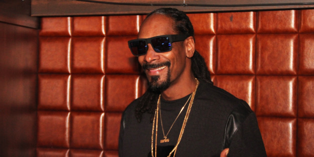 NEW YORK, NY - APRIL 27: Snoop Dogg DJ's at Catch Rooftop on April 27, 2015 in New York City. Credit: Walik Goshorn/Retna Ltd./MediaPunch/IPX