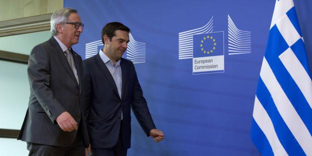Στιγμιότυπο από συνάντηση του πρωθυπουργού, Αλέξη Τσίπρα, με τον πρόεδρο της Κομισιόν, Ζαν Κλοντ Γιούνκερ