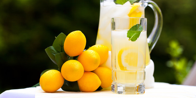 Lemonade Refresh: 4 Ways to Spice up Your Lemonade