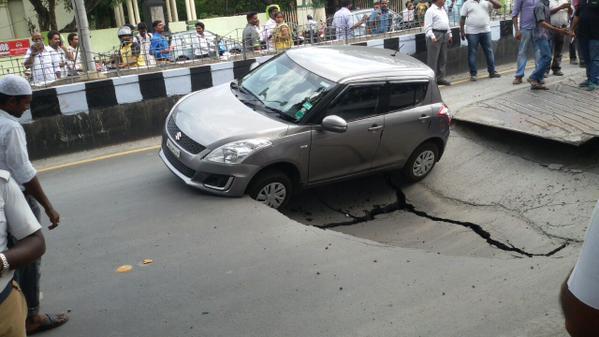 mumbai road cave
