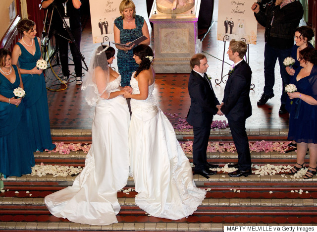 New Zealand couples nude new year nuptials - Articles