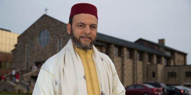 Un imam d'origine marocaine récolte des fonds pour une église