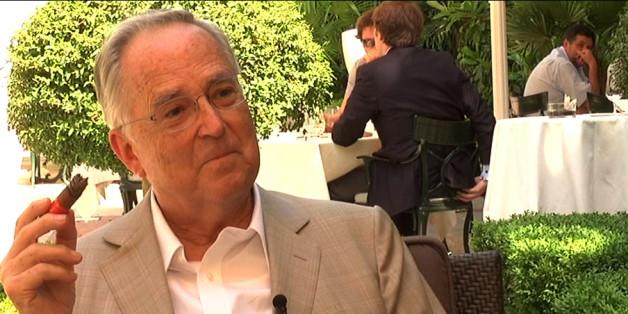 Entrevista realizada por la AEMP (Asociación Española de Metales Preciosos) a Hugo Salinas Price - Presidente de la Asociación Cívica Mexicana Pro Plata en España durante el Gold & Silver Meeting Madrid 2009.