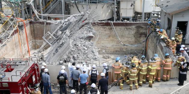 3일 7명의 사상자를 낸 울산시 남구 여천동 한화케미칼 폐수집수장 폭발 사고 현장에서 국립과학수사연구소 관계자(가운데)들이 현장감식을 하고 있다.