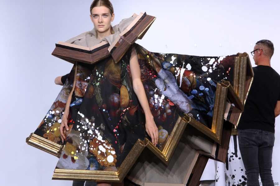 viktor and rolf paris fashion week