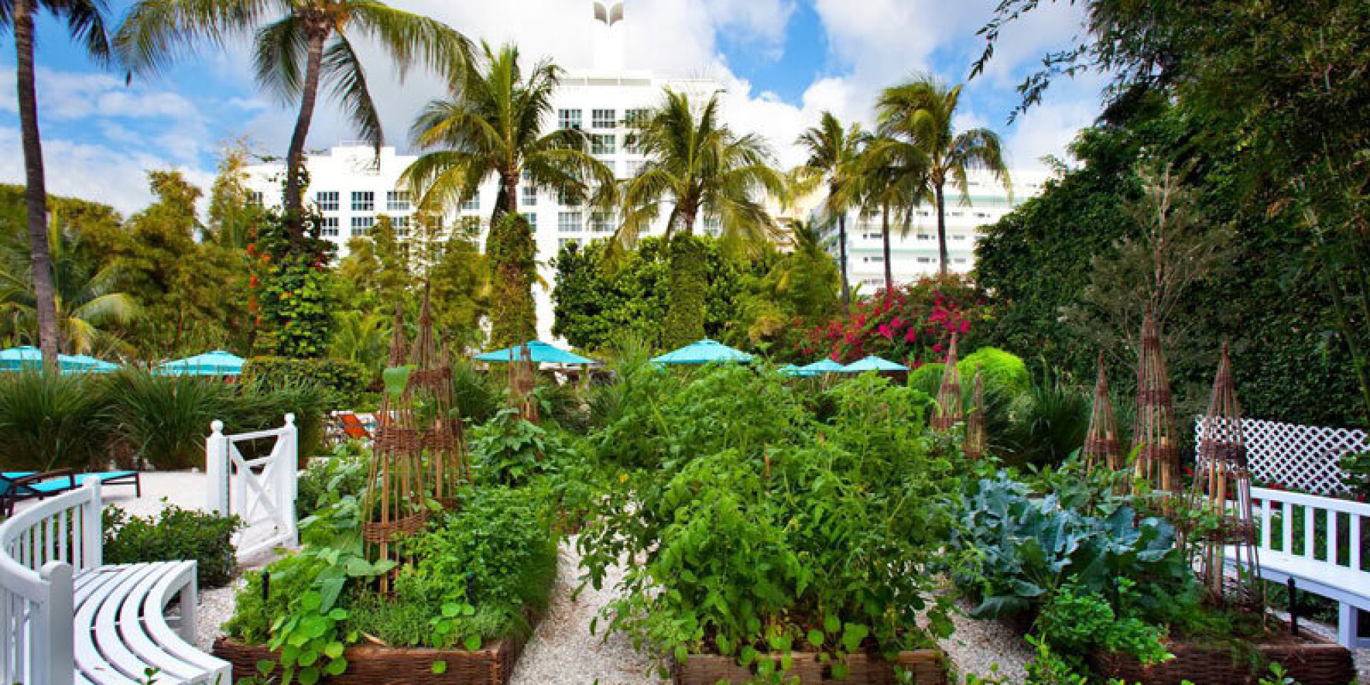 8 Of The World\'s Most Beautiful Hotel Gardens | HuffPost