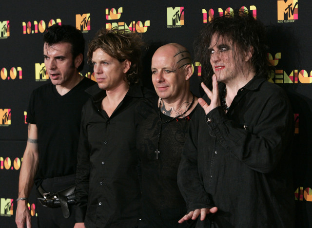the cure band