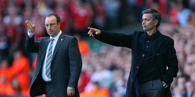 Liverpool, UNITED KINGDOM: Liverpool's Spanish manager Rafael Benitez (L) and Chelsea's Portuguese manager Jose Mourinho give instructions to their players during their European Champions League semi final second leg football match at Anfield, Liverpool, north west England, 01 May 2007.  AFP PHOTO / CARL DE SOUZA (Photo credit should read CARL DE SOUZA/AFP/Getty Images)