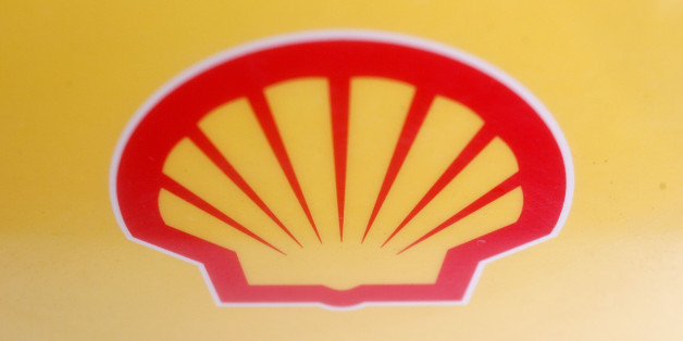 LONDON - JANUARY 31:  A Shell logo is displayed at a petrol station on the day Shell announced record profits, on January 31, 2008 in London, England. The company Royal Dutch Shell reported annual profits to be ?13.9bn, a record amount for a UK listed company.  (Photo by Cate Gillon/Getty Images)