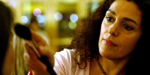 """""""Ein selbstbewusstes Lächeln ist das schönste Make-up!"""" - Laura Mercier im Interview mit Donna"""