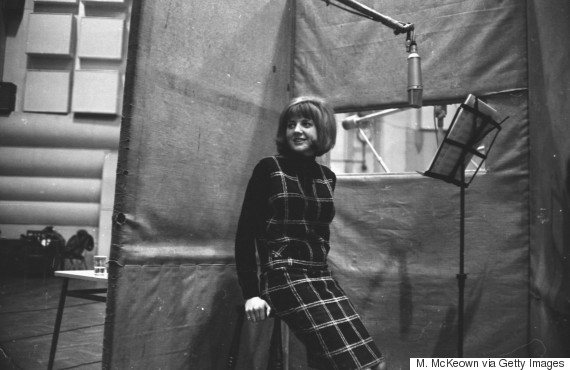 Cilla Black's 'Anyone Who Had A Heart' Returns To UK Singles Chart - Could It Break The Top 40?