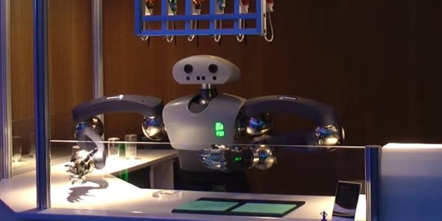 Voici Hollie, le robot barman