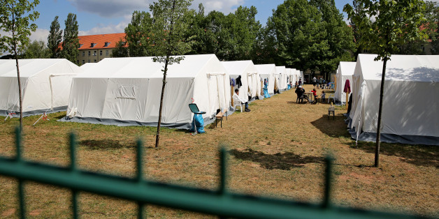 Hinweis: Das Bild zeigt NICHT die im Text erwähnte Flüchtlingsunterkunft in Mannheim. Zu sehen sind Zelte in der Erstaufnahmeeinrichtung Chemnitz
