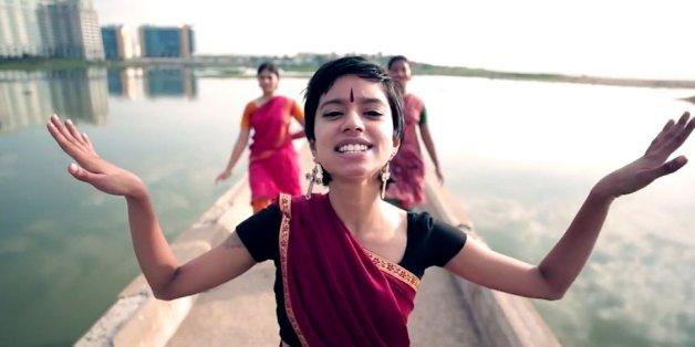 VIDÉO. Cette Indienne rappe contre Unilever et la pollution
