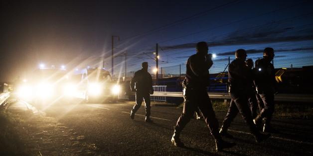 Deutsche Lkw-Fahrer fürchten sich vor Flüchtlingen am Eurotunnel