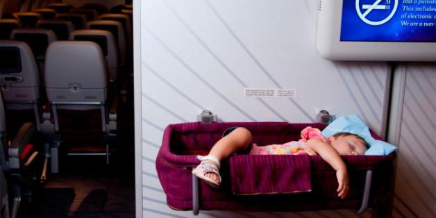 Mutter und Autorin fordert ein Flugverbot für Kinder