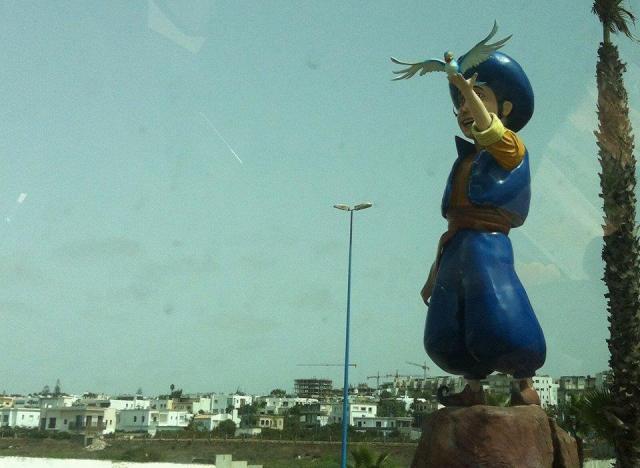 statue sindibad