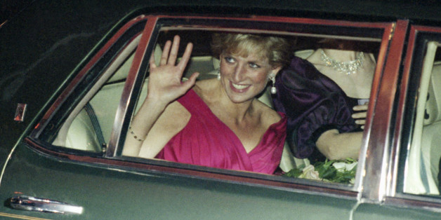 Her Royal Highness, Princess Diana of Wales leaves a benefit dinner for the Grandma's House, a home for children with AIDS in Washington, Oct. 5, 1990. (AP Photo/Doug Mills)