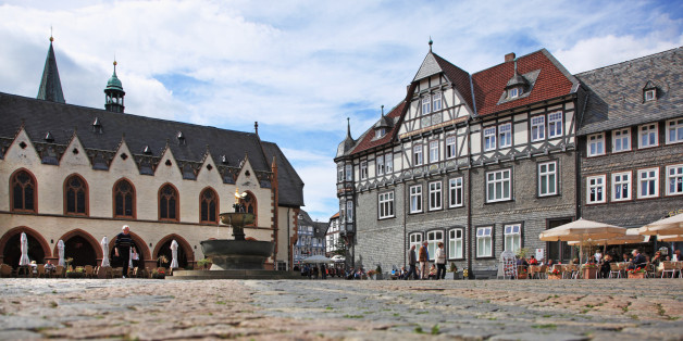 Germany, Lower Saxony, Harz Region, Historic Town of Goslar, Market square,  UNESCO World Heritage