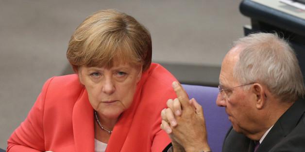 Merkel und Schäuble im Bundestag im Juli 2015