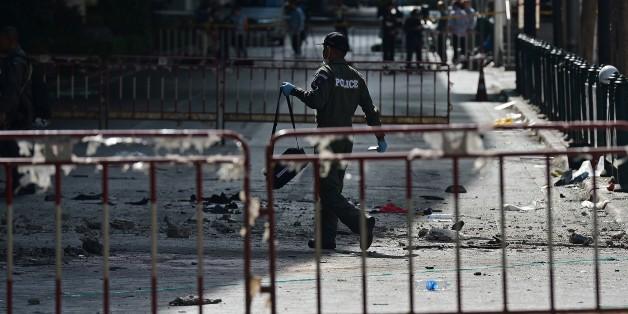 Bangkok: l'attentat a fait au moins 21 morts, un suspect recherché