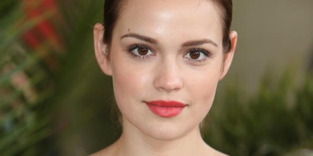 Benutzt privat kein Make-up: Emilia Schüle