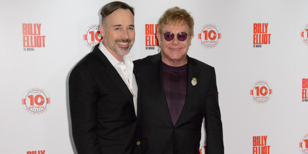 "Elton John und David Furnish bei ""Billy Elliot The Musical"" in London"