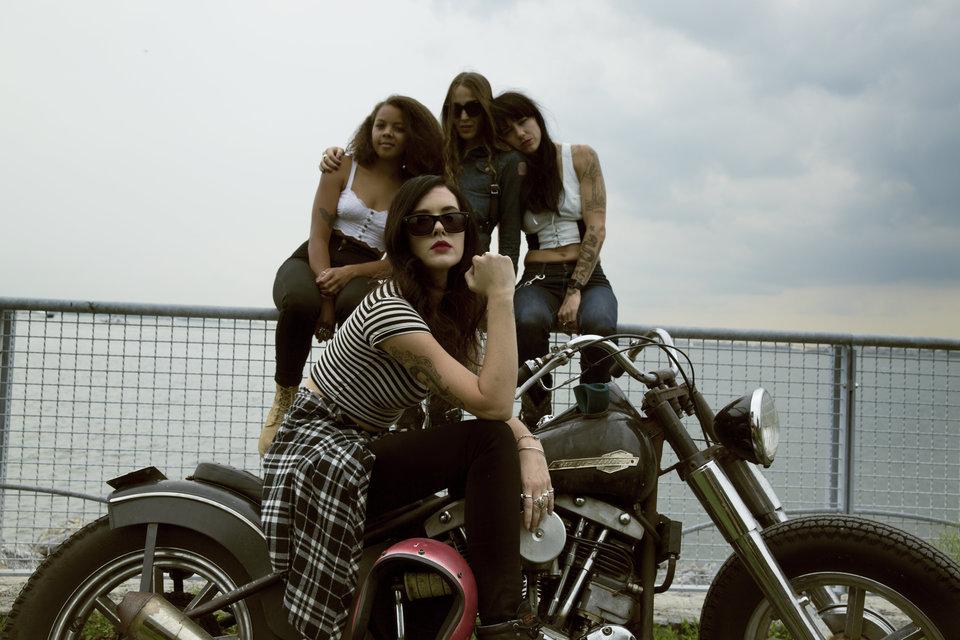 moto fille