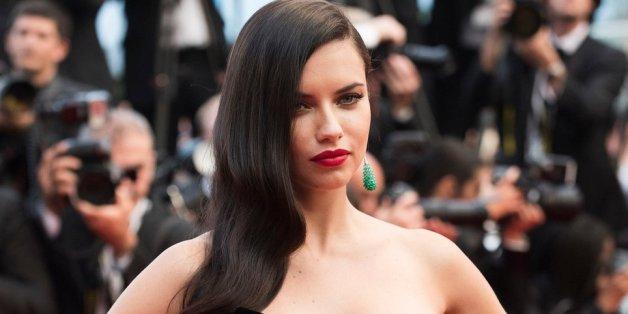 Topmodel Adriana Lima macht Werbung für Terroristen