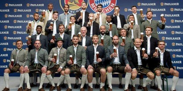 Benatia et Ribéry posent sans bière sur une photo du Bayern Munich