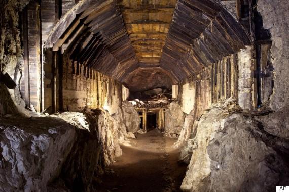 Nazi Gold Train 'Discovery' Sparks Polish Government Investigation