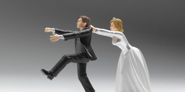 Wedding figurines domination