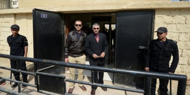 Les journaliste égyptien d'Al-Jazeera Baher Mohamed et canadien Mohamed Fahmy à la sortie du tribunal le 8 mars 2015 au Caire