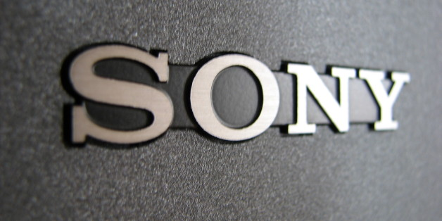 "Macro taken of the Sony logo on my old KL-W9000 monitor.This photo was used here: <a href=""http://www.ultimogiro.com/categorie/auto/sony-non-realizzera-nessun-videogioco-di-f1/"" rel=""nofollow"">www.ultimogiro.com/categorie/auto/sony-non-realizzera-nes...</a>This photo was used here: <a href=""http://www.digitaltv-weblog.com/50226711/sony_makes_deal_with_cable_companies_to_banish_settop_boxes.php"" rel=""nofollow"">www.digitaltv-weblog.com/50226711/sony_makes_deal_with_ca...</a>This photo was used her"