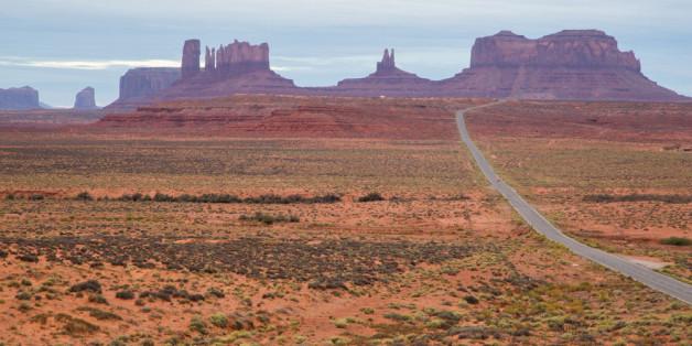 U.S. Highway 163 führt schnurstracks zum Monument Valley