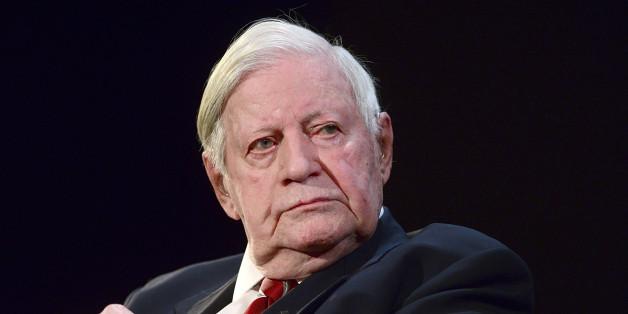 Der Gesundheitszustand von Helmut Schmidt bessert sich