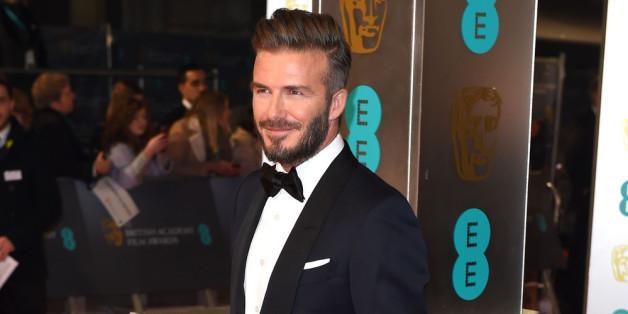 Der 007-Look sitzt bereits, jetzt müsste David Beckham sich nur noch rasieren.