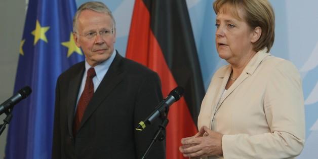 Tom Koenigs und Angela Merkel
