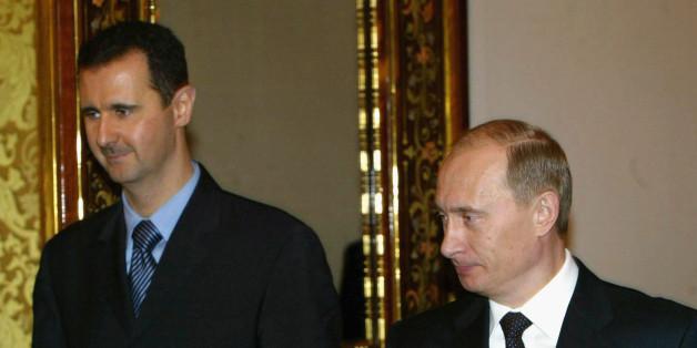 Wladimir Putin und Syriens Machthaber Assad bei einem Treffen 2005