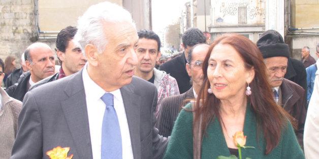 Hocine Aït Ahmed avec Annie Mecili, la veuve du militant du FFS assassinié