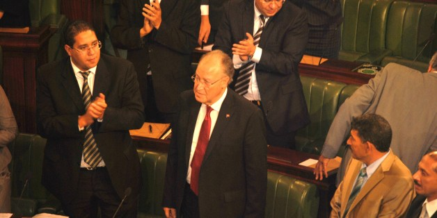 MBJ salué par les députés après l'annonce des résultats du vote pour le poste du président de l'ANC, en 2011