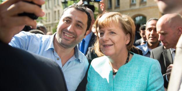 Merkel will Flüchtlingen möglichst schnell Jobs vermitteln