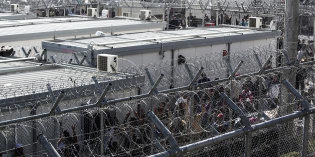 L'Europe va-t-elle installer des centres de rétention à ses portes pour empêcher les migrants de tenter la traversée de la Méditerranée?