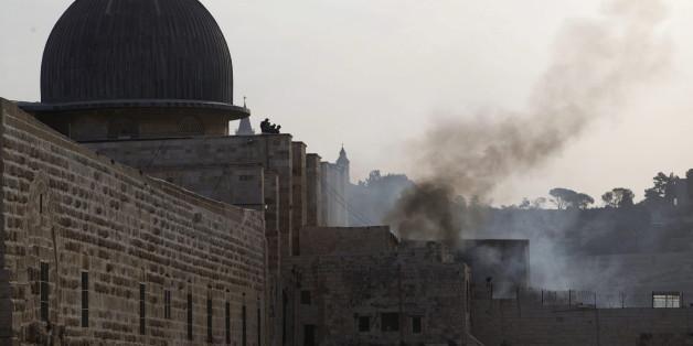 Isrealische Polizei stürmt al-Aqsa-Moschee in Jerusalem