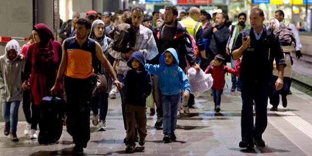 Deutschland führt Kontrollen an der Grenze zu Österreich ein