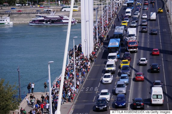 refugee crowd