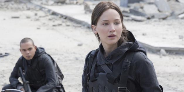 """Das Finale von """"Mockingjay Teil 2"""" naht: Katniss Everdeen (Jennifer Lawrence) ist bereit, zu kämpfen"""